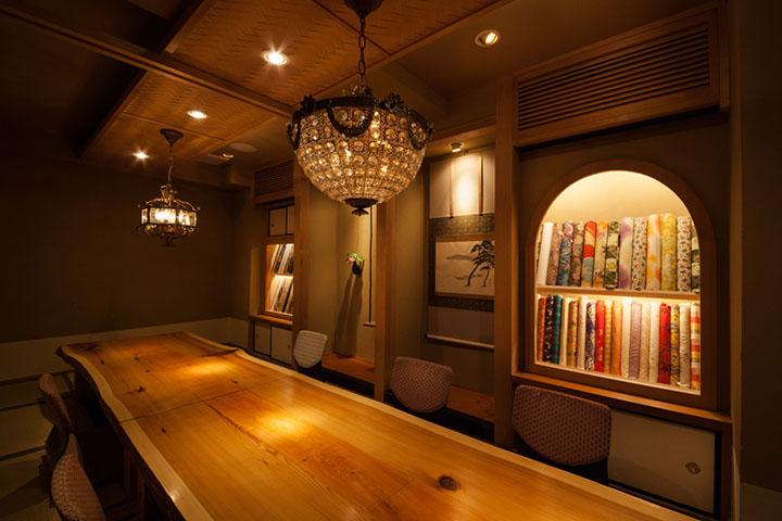 日本料理店VIPルーム